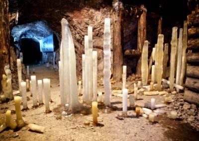 Lodowe-stalagmity-kopalnia-uranu